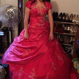Allure quinceañera Dress